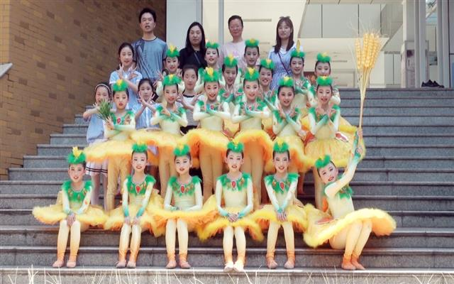 丹阳市实验小学舞蹈《布谷》——2019丹阳市文艺会演